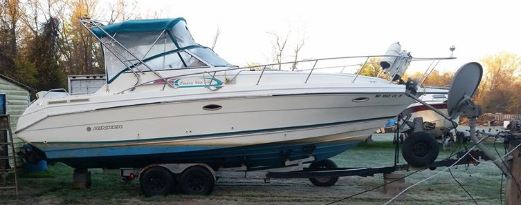 Rinker Boat for Sale