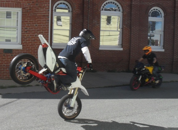 motorcycle stunt riders