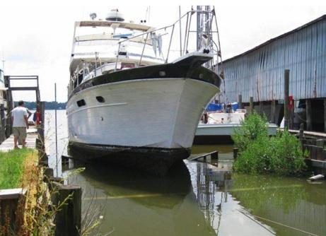 Full-Service Boatyard