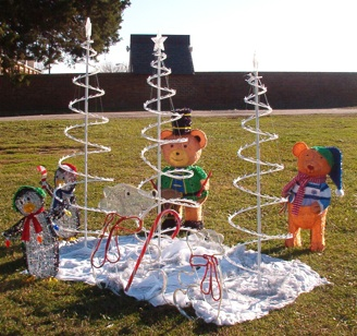 Colonial Beach Christmas display.