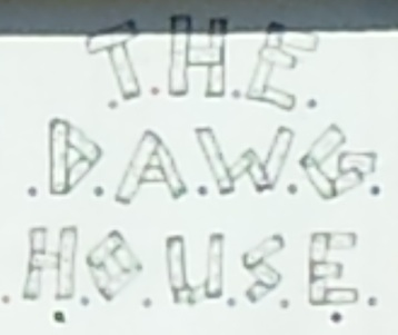 Dawg House Logo