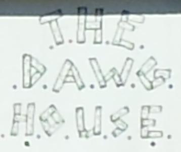 Dawg House Logo