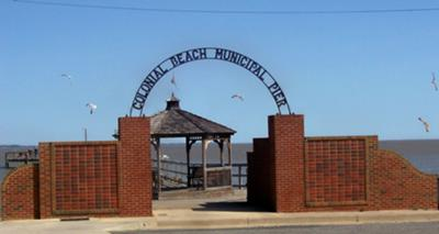 Colonial Beach Municipal Pier entrance