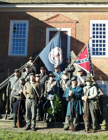 Civil War actors on the steps at Stratford Hall.