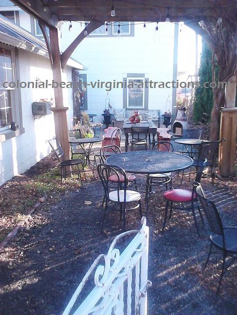 Courtyard at Tides Inn