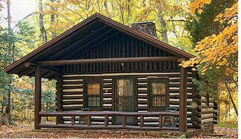 The Colonial cabin has three bedrooms (1 king and 2 full size beds) plus a queen sofa sleeper in the living room so you can comfortably sleep eight people.