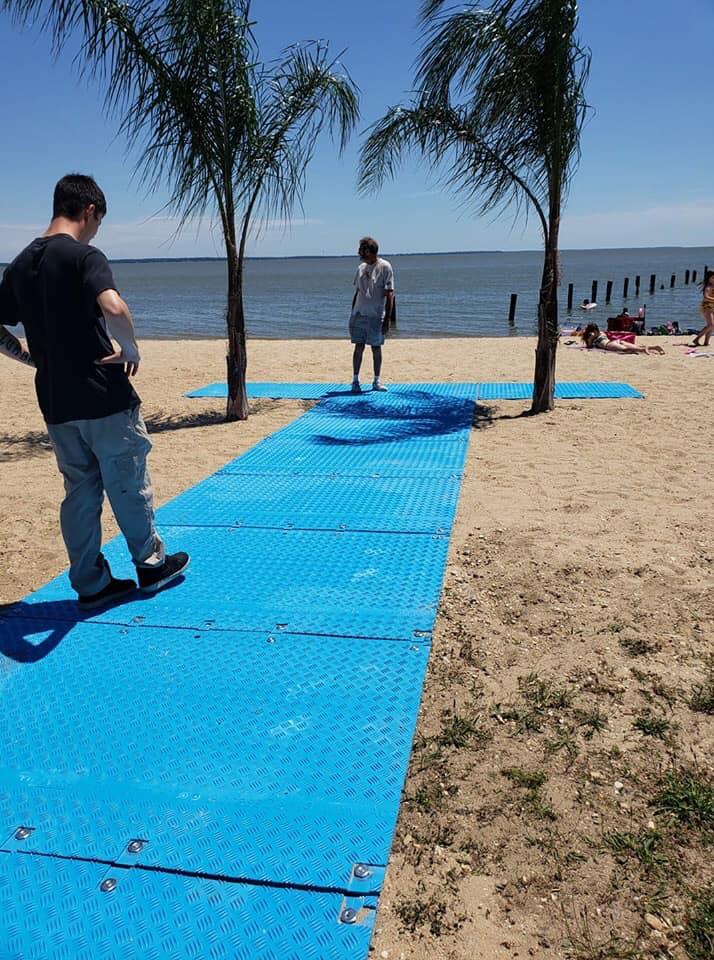 wheelchair access to beach