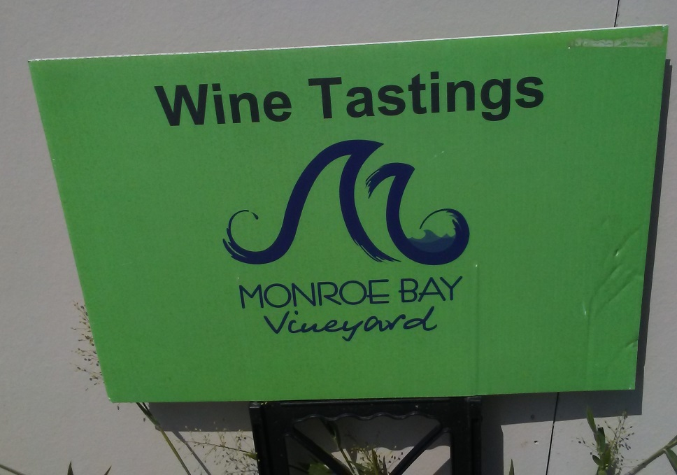 wine tastings sign