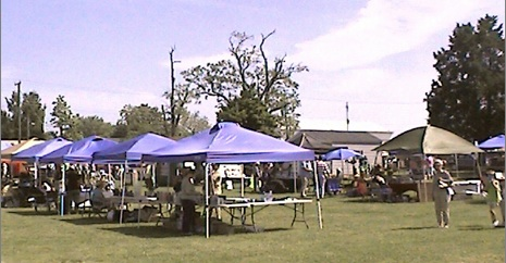 Vendor tents on Town Hill for Market Days