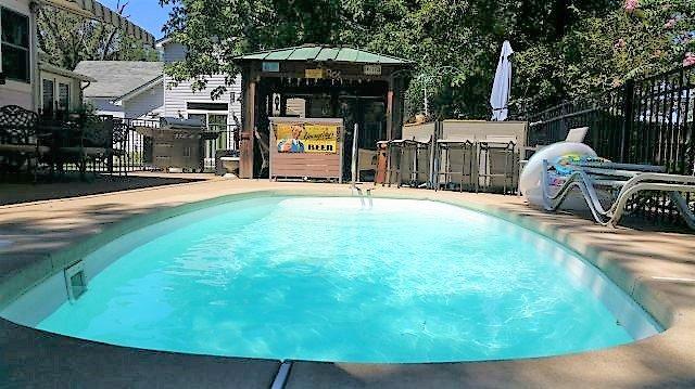 Swimming Pool at Plaza BnB