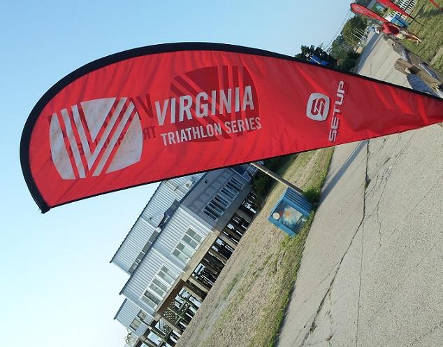 Triathlon flag